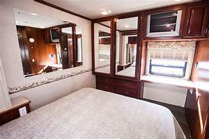 Fleetwood-southwind-rent-interior2