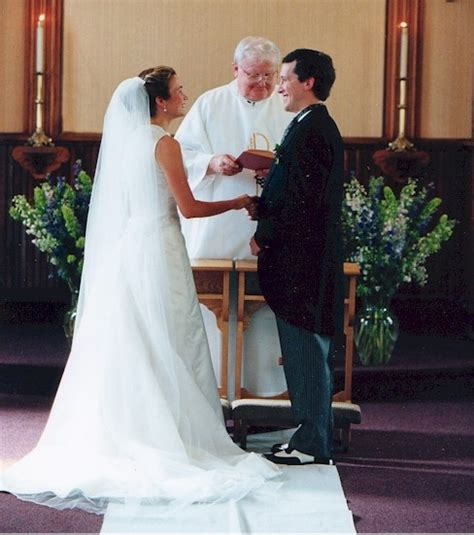 Have A Look On American Wedding Customs And Traditions