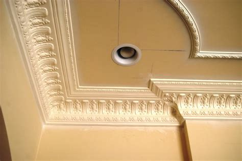 Plaster Crown Molding by Crown Molding Dm734 Acanthus Leaves Corbels Plaster