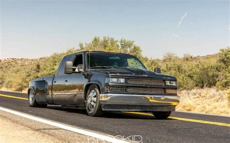 chevrolet  crew cab bagged dually  duramax swap