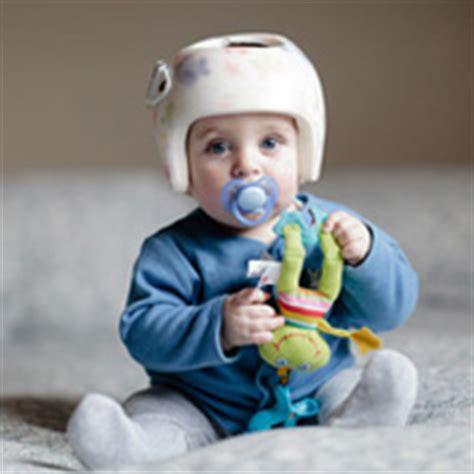siege auto 0 4 ans casque de protection pour bébé comment le choisir