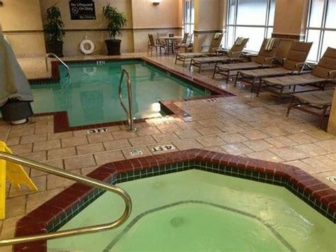 hampton inn suites memphis beale street tn hotel