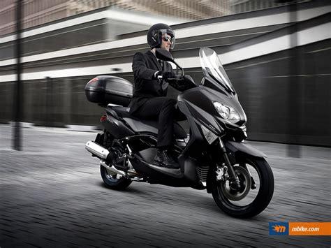 Yamaha Xmax Image by Yamaha Yamaha X Max 125 Abs Business Moto Zombdrive