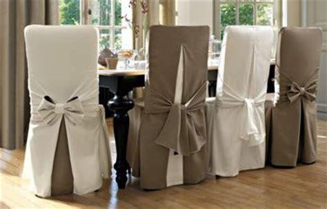 louer des housses de chaises pour mariage des housses de chaises et de canapés pour changer sa déco