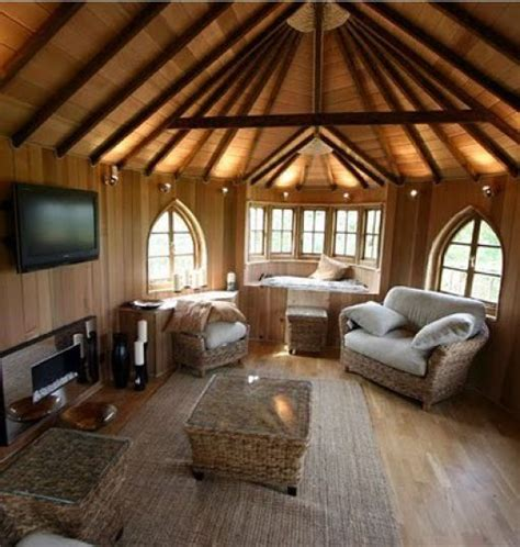 awesome treehouses  pics