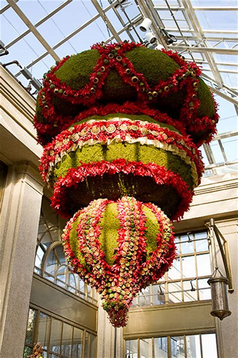 christmas decorations  longwood gardens