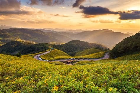 Postcard Perfect: 6 Exciting things to do in beautiful Pai