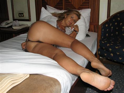 Porn Pic From Random Matures Feet Milfs N Moms Sex Image Gallery