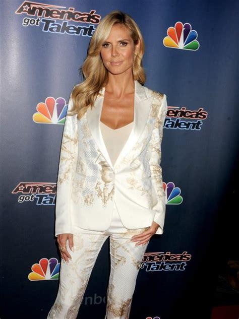 Miss Heidi Klum Fails Flatter Embroidered White