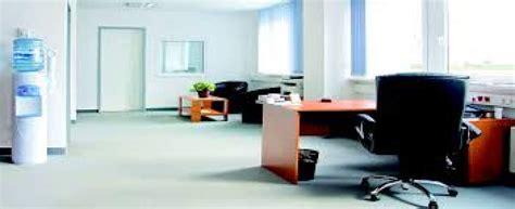 en quoi consiste le nettoyage complet d un bureau