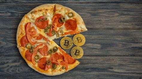 The most expensive pizza was 10,000 btc spent on 2 pizzas. Bitcoin Pizza Day - '60 Minutes' Magazine Interviews Man Who Spent 10000 Bitcoin for Pizza in 2010