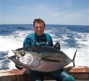 Meet the Spearfishing Guides for Blue Water Hunting ...