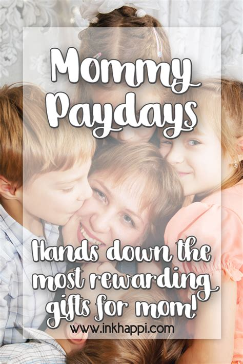 mommy paydays hands    rewarding gifts  mom