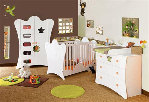 chambre bébé animaux decoration chambre bebe animaux jungle
