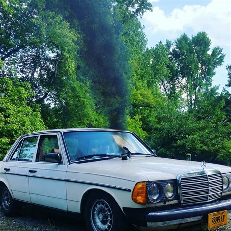 Original paint, ca car, three owners, garaged since new; My 83 Mercedes 300D Turbo Diesel project (Dirty Dan) — Steemit