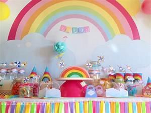 Deco Bonbon Anniversaire : la sweet table d co d 39 anniversaire arc en ciel les photos allo maman dodo ~ Melissatoandfro.com Idées de Décoration