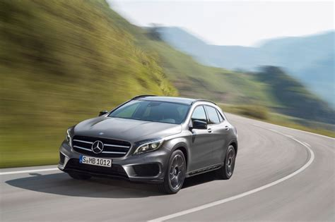 With four base models to choose from, each with multiple configurations, there's a perfect suv for everyone. 2015 mercedes-benz GLA class compact SUV