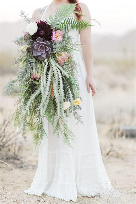 wedding trend  unique wedding bouquet exquisite