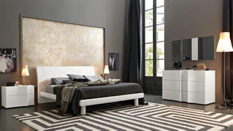 chambre a coucher grise chambre grise 50 idées intéressantes et inspirantes