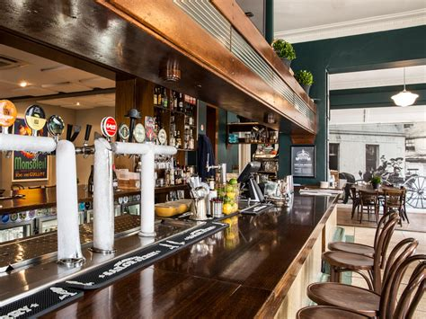 The Best Pub Food in Melbourne | Travel Insider