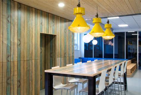 Ikea Stornas Bartafel by Hoge Tafel Met Krukken Simple Kwillem In Huis De Hoge