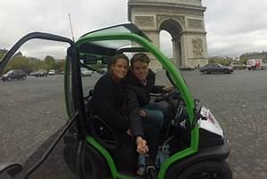 Location Voiture Electrique Paris : visiter paris dans une toute petite voiture lectrique fous rires assur s ~ Medecine-chirurgie-esthetiques.com Avis de Voitures