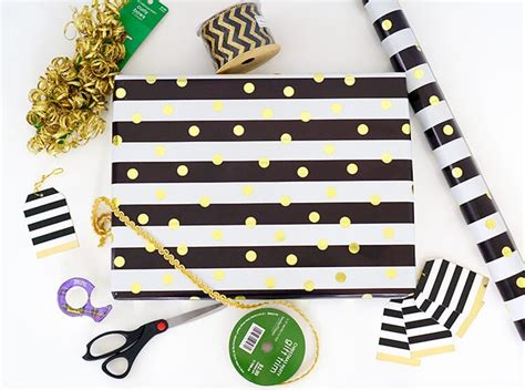 Tips Gorgeous Gift Wrapping by Tips Tricks For Gorgeous Gift Wrap Happiness Is