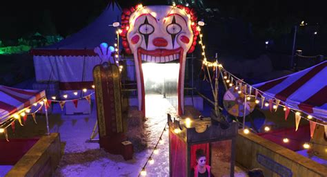 Halloween Mazes In Los Angeles 2017 by I Wore An Apple Watch To This Haunted Amusement Park To