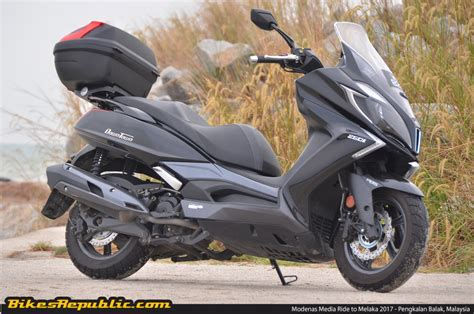 Modification Kymco Downtown 250i by 2016 Kymco Downtown 250i Ride Impressions