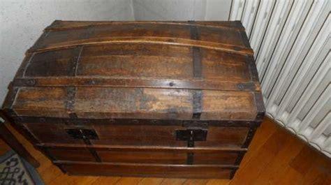 coffre ancien en bois massif cir 233 224 villeurbanne meubles d 201 coration meuble 224 villeurbanne