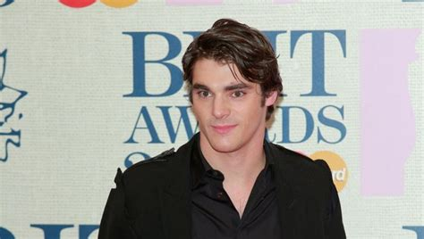 RJ Mitte Net Worth 2020, Age, Height, Weight, Wife, Kids ...