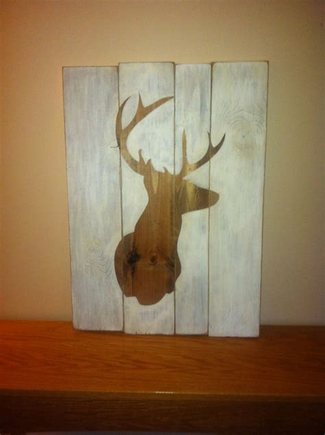 primitive distressed wood sign deer head  beecharmerprim