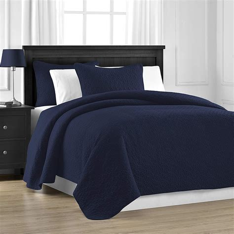 Navy Blue Quilted Coverlet by Navy Blue Bedding Sets And Quilts Ease Bedding With Style