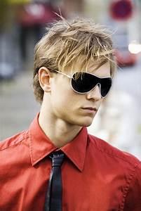 Lange Haare Männer Stylen : coole jungs frisuren lange haare ~ Frokenaadalensverden.com Haus und Dekorationen