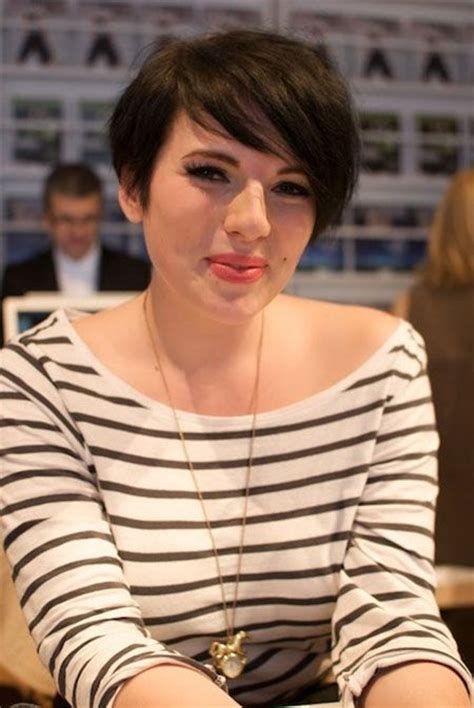 Cute Short Hair with sideswept bangs