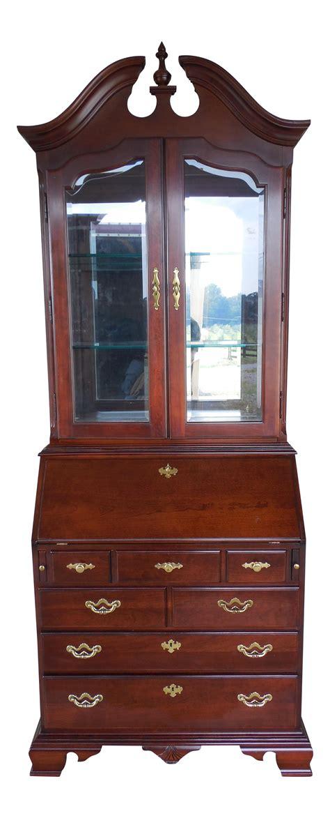 small cherry secretary desk thomasville collectors cherry chippendale secretary desk