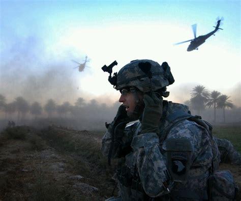 101st Airborne forward observer.   Military   Pinterest