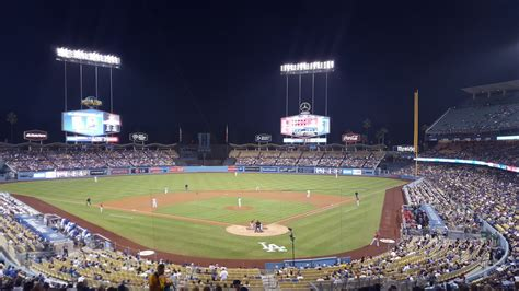 dodger stadium travel guide   dodgers game  los angeles