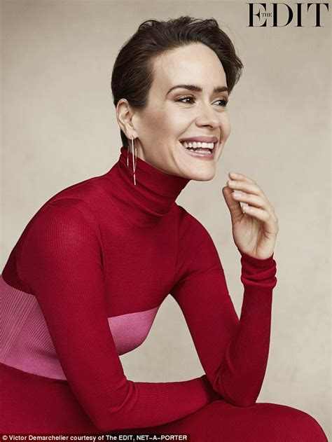Sarah Paulson defends her romance with Holland Taylor ...