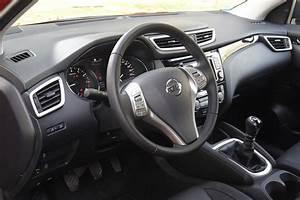 Fiabilité Nissan Qashqai : a l 39 int rieur du nissan qashqai 1 5 dci 110 ch ~ Dode.kayakingforconservation.com Idées de Décoration