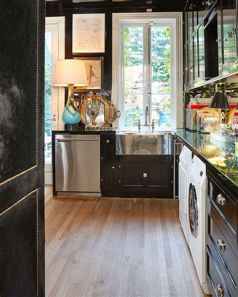 black  white kitchen  answer   mid century
