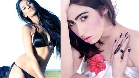 Watch Pak Model Does A Poonam Pandey, Promises Strip