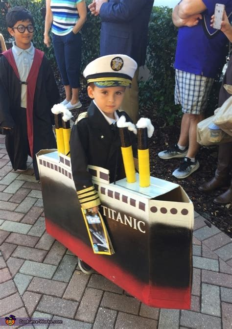 Titanic Boat Costume by Captain Of The Titanic Costume