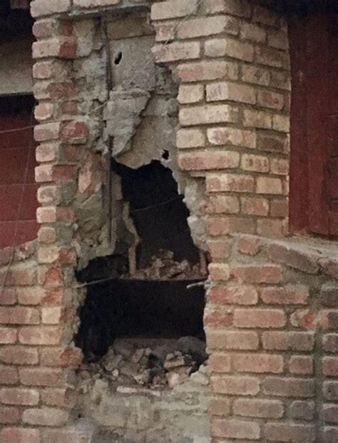 inside of a chimney suspected burglar dies inside chimney after homeowner lights fire the dreamin demon