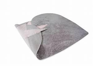 Tapis Rose Et Gris : tapis enfant forme c ur rose ou gris chez ksl living ~ Dailycaller-alerts.com Idées de Décoration