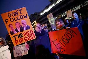 Inauguration Day: Worldwide Protests Denounce, Mock Pres ...