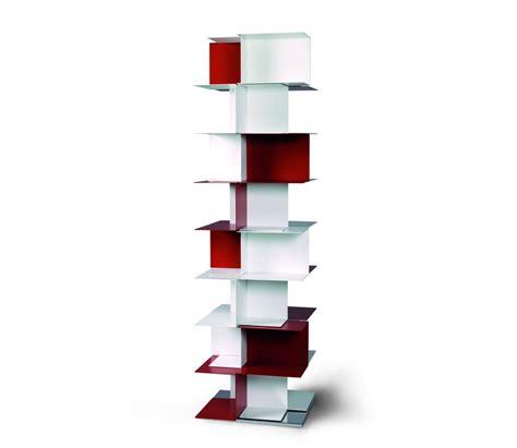 librerie a colonna libreria autoportante babel motusmentis in acciaio 50 x 175 cm