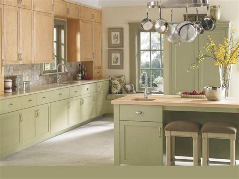 oliver green kitchens connie oliver colour choice makes eclectic kitchen lovely 1180