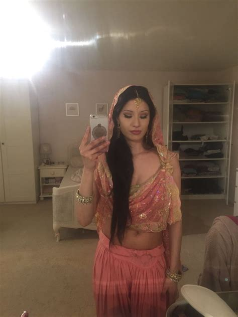 Hot Nri Girl Nude Selfie 233 Hd Images Pakistani Sex Photo Blog