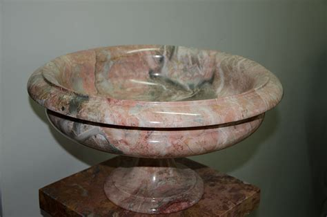 vasi marmo marmi artistici statue vasi fontane pietre raffaele